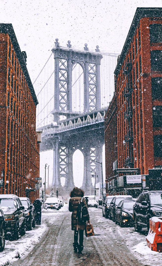 Winter in the city iPhone wallpaper