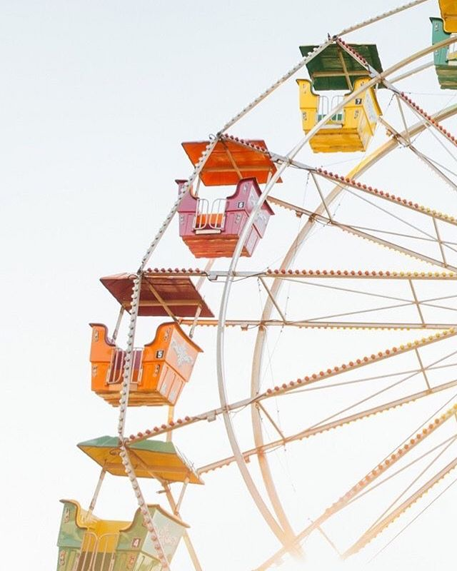 25 Summer Fun fair Wallpapers To Style Phone This Summer